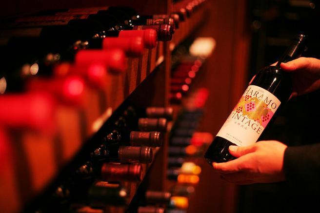 ワインカーブ&ワイン.JPG